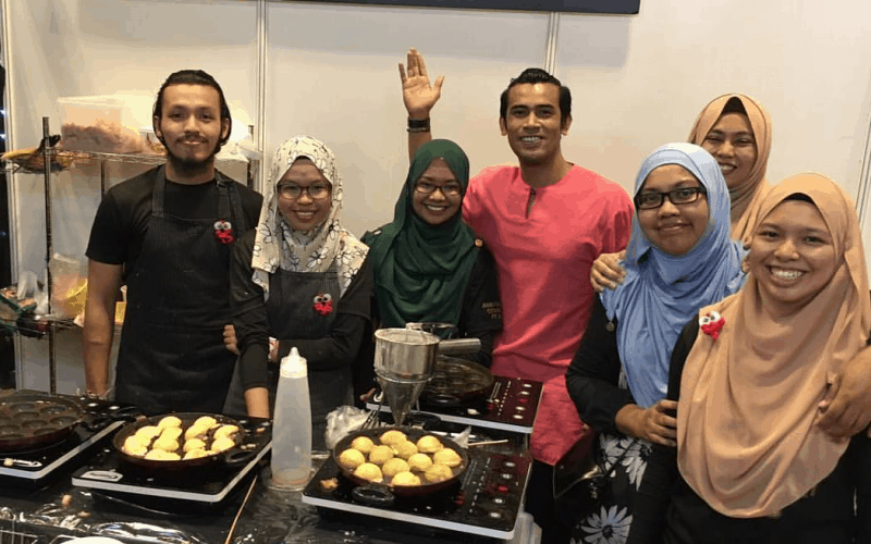 This Local Degree Holder Quit Her Full-time Job To Set Up A Takoyaki Store With A Special Twist