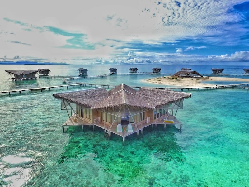 "Forget Maldives, These Unbelievable ""Floatels"" in South East Asia Will Leave You Breathless"