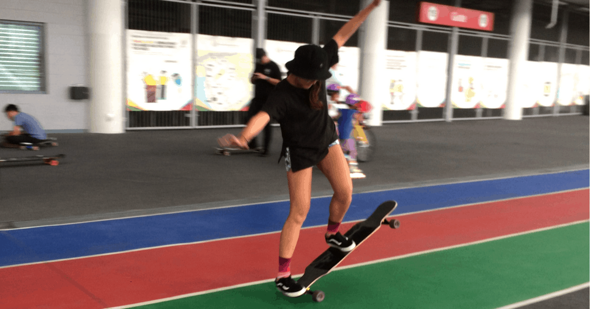 This S'porean All-Girls Crew Shows You How To Be A Girl Boss On The Longboard