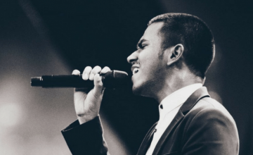 On A Journey To Bring Soul Into Modern Times, He's Performed With Music Legends Even Before Turning 25