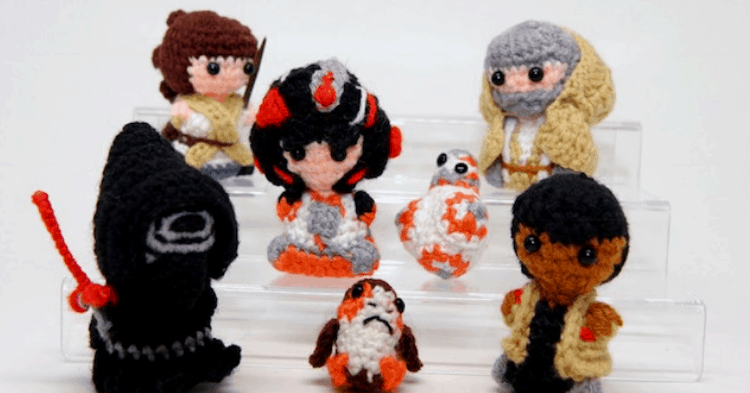 This Part-Time Doctor Makes The Cutest Geek-Themed Pocket Sized Yarnlings