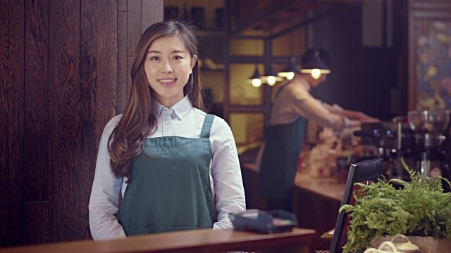 chinese waitress for a cafe